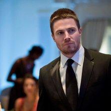 Arrow: Stephen Amell nell'episodio Ladro di gioielli