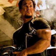 Transformers: Age of Extinction: Mark Wahlberg in una scena del film