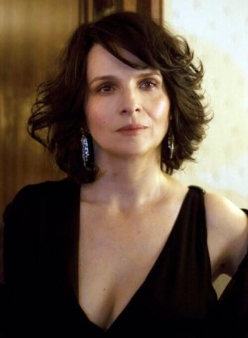 Clouds of Sils Maria: Juliette Binoche in una scena
