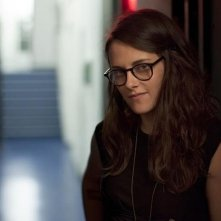 Clouds of Sils Maria: Kristen Stewart in una scena