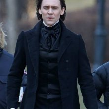 Crimson Peak: Tom Hiddleston a passeggio sul set