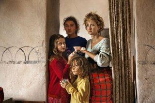 Le meraviglie: Alba Rohrwacher in un'immagine di gruppo tratta dal film