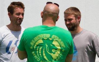 Fast & Furious 7: Vin Diesel di spalle insieme a Caleb e Cody Walker, fratelli di Paul