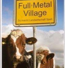 La locandina di Full Metal Village
