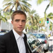 Maps to the stars: Robert Pattinson in una scena tratta dal film