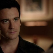 Arrow: Colin Donnell nell'episodio Conti in sospeso, della prima stagione
