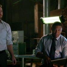 Arrow: David Ramsey e Stephen Amell nell'episodio L'ultima vittima, prima stagione