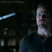Arrow: Stephen Amell nell'episodio Conti in sospeso, prima stagione