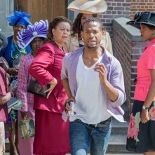 Ghost Movie 2 - Questa volta è guerra: Marlon Wayans in fuga in una scena del film
