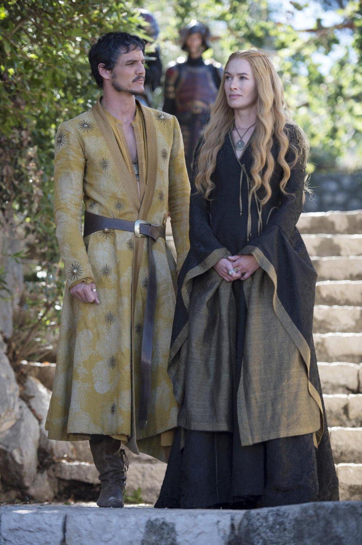 Il trono di spade: Pedro Pascal e Lena Headey nell'episodio First of His Name, quarta stagione