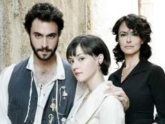 Maria Grazia Cucinotta torna come La moglie del Sarto
