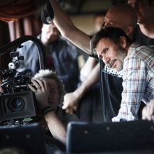 The search: il regista Michel Hazanavicius in un'immagine dal set