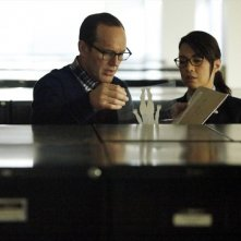 Agents of S.H.I.E.L.D.: Ming-Na Wen e Clark Gregg all'opera in Ragtag