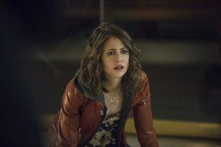 Arrow: Willa Holland nell'episodio Streets of Fire, seconda stagione
