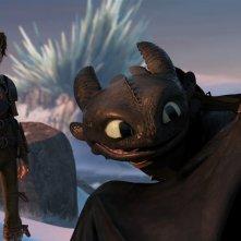 Dragon Trainer 2: Hiccup con Sdentato in una scena del film