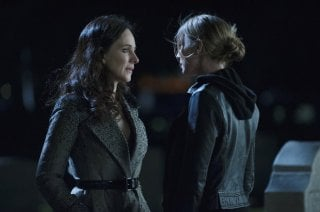 Revenge: Emily VanCamp e Madeleine Stowe nell'episodio Execution
