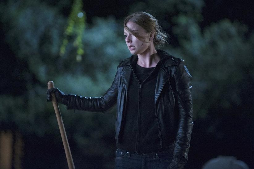 Revenge: Emily VanCamp in una scena dell'episodio Execution, terza stagione