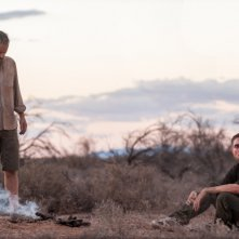 The Rover: Guy Pearce e Robert Pattinson in una scena