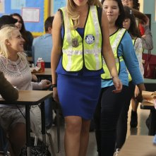Bad Teacher: Ari Graynor, Madison De La Garza e Gracie Kaufman in una scena del pilot