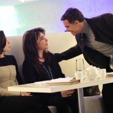 The Good Wife: Julianna Margulies e Stockard Channing in una scena di The Deep Web