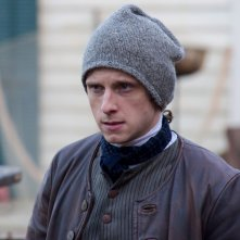 TURN: Jamie Bell in una scena dell'episodio Who By Fire