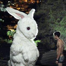Xenia: Nikos Gelia in una bizzarra scena del film