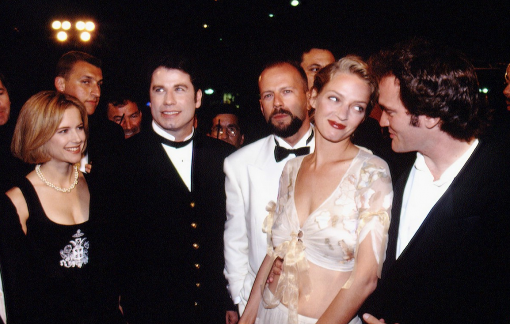 Tarantino con il cast di Pulp Fiction a Cannes nel 1994