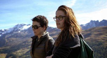 Juliette Binoche e Kristen Stewart in Clouds of Sils Maria