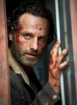 The Walking Dead: Andrew Lincoln nella prima immagine della 5 stagione