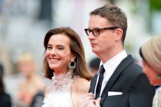 Nicolas Winding Refn e Carole Bouquet sul red carpet della serata inaugurale di Cannes 2014
