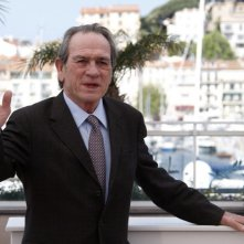 Cannes 2014: un immagine di Tommy Lee Jones durante il photocall di The Homesman