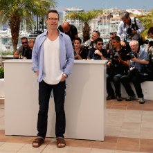 Guy Pearce - in look decisamente informale - a Cannes 2014, per presentare The Rover