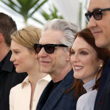 Maps to the Stars: il regista David Cronenberg con i suoi attori durante il photocall di Cannes 2014