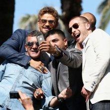 I Mercenari 3: Antonio Banderas con Kellan Lutz e Patrick Hughes scattano un selfie a Cannes 2014