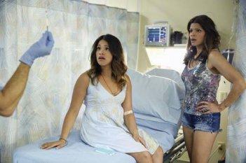 Jane the Virgin: Gina Rodriguez e Andrea Navedo
