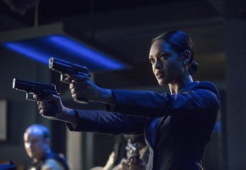 Arrow: Cynthia Addai-Robinson nell'episodio Unthinkable