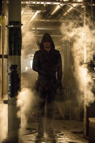 Arrow: Stephen Amell nell'episodio Unthinkable