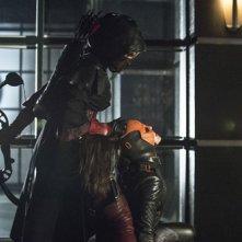 Arrow: Summer Glau e Katrina Law nell'episodio Unthinkable