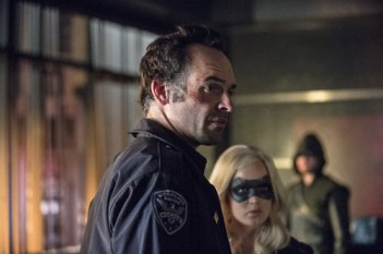 Arrow: Paul Blackthorne nell'episodio Unthinkable