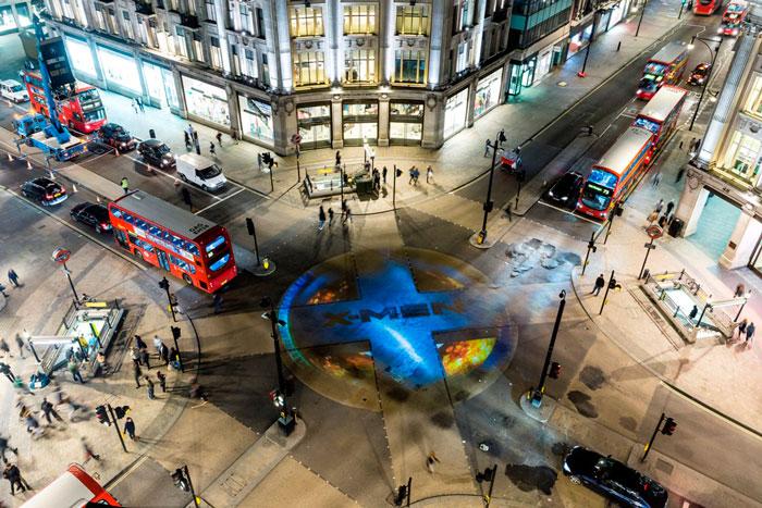 X-Men giorni di un futuro passato, un'immagine della spettacolare promozione a Londra.