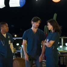 The Night Shift: Robert Bailey Jr., Eoin Macken, Jeananne Goossen, nel primo episodio della serie