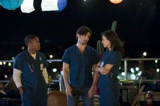 The Night Shift: Robert Bailey Jr., Eoin Macken, Jeananne Goossen, nel primo episodio della serie