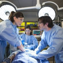 The Night Shift: Jeannane Goosen ed Eoin Macken nell'episodio Second Chances