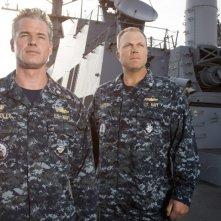 The Last Ship: Adam Baldwin ed Eric Dane in un'immagine promozionale