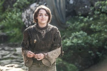 Il trono di spade: Maisie Williams nell'episodio The Mountain and the Viper