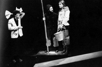 Massimo Troisi con Lello Arena e Enzo De Caro: la Smorfia e lo sketch del Minollo