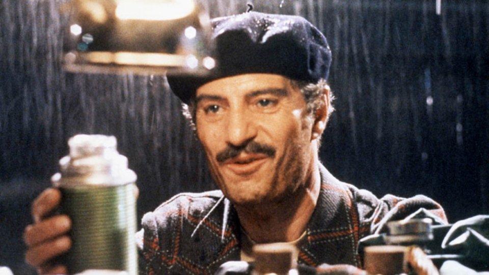 Nino Manfredi qui protagonista di Cafè Express