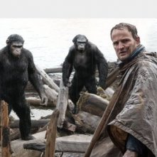 Apes Revolution: Jason Clarke in una sche del film