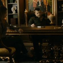 Gomorra - la serie, stagione 1: Salvatore Esposito con Maria Pia Calzone