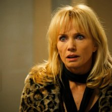 Rebecca De Mornay in una scena del film horror 1303